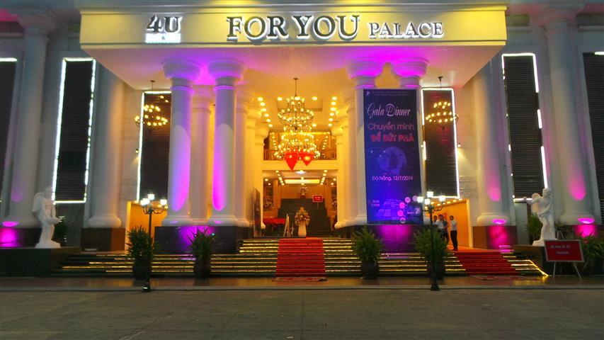 """[Gala Dinner] với chủ đề """"Chuyển Mình Để Bức Phá"""" của TẬP ĐOÀN BƯU CHÍNH VIỄN THÔNG VIỆT NAM – TỔNG CÔNG TY DỊCH VỤ VIỄN THÔNG tại sảnh gold tối ngày 12.07"""